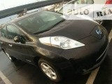 Nissan Leaf Base                                            2014